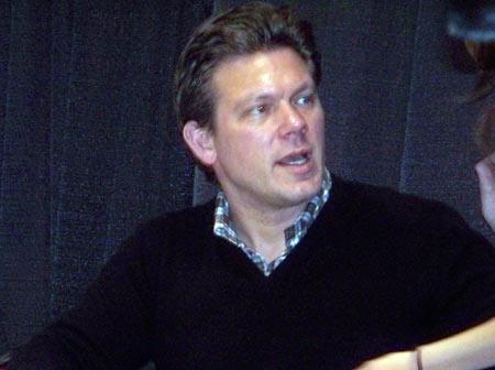 Tyler Florence signing autographs (photo by Debbie Hanson)
