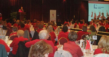 Dr. Robin Znidarsic speaks at 2009 Lake County Wear Red for Women Breakfast - photos by Debbie Hanson