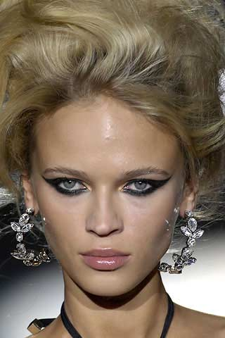 Dsquared makeup example