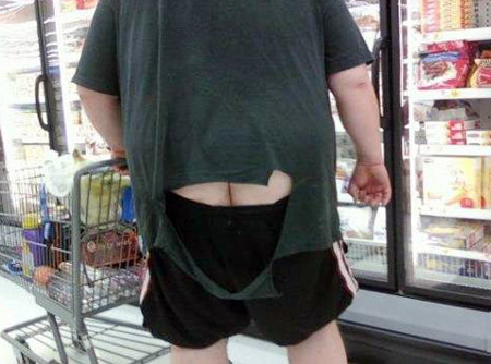 shorts with crack showing