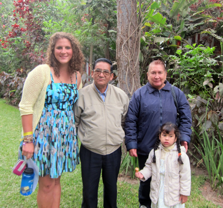 Katie Campbell Morrison with Peruvian family
