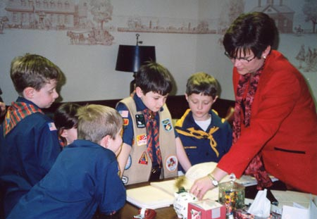 Mayor Georgine Welo with Boy Scouts in 2004