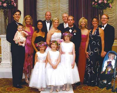 Jan Jones and family at daughter's wedding in 2007