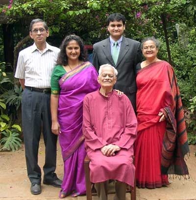 Sarojini Roji Rao and her family