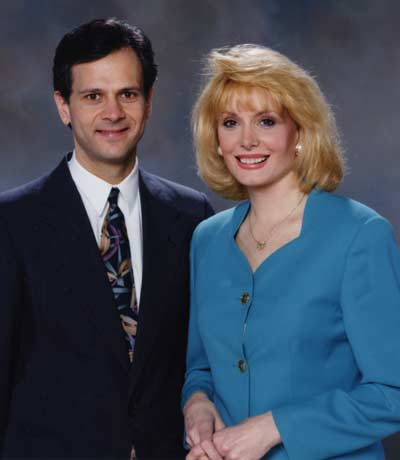 Co-anchors Lou Maglio and Wilma Smith in 1994